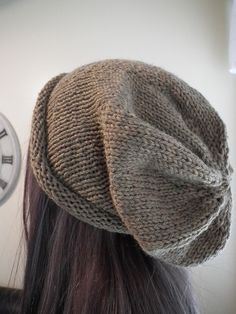 Felicity hat for Moira Girl Beanie, Slouchy Beanie, Crafty, Knitting, Friends, Hats, Girls, How To Make, Pattern