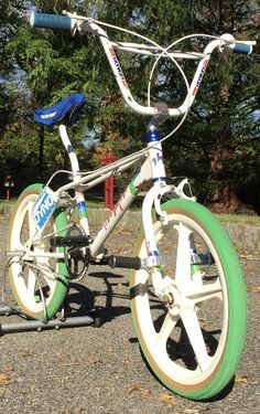 #FoxForceFive7 Custom #BMX A recreation of my childhood RIDE... 1984 Haro Master, I spent 20 years of collecting the identical parts, & here's my results...