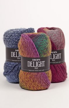 A luxurious and super soft wool yarn in many fabulous colours! DROPS Delight is a single stranded yarn, made with superwash treated wool and strengthened. Thread Crochet, Crochet Yarn, Easy Knitting, Knitting Yarn, Drops Delight, Laine Drops, Yarn Color Combinations, Shade Card, Fingering Yarn