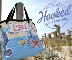 Vinyl Beach Tote Bags  Long Beach Island Beach Haven  #craftshow #display #LBI #longbeachisland #lbiismyhappyplace #crossbodybag #nauticalbag  #nautical #totebag #tote #beachhaven #seashells #seahorse #hookedonabluelife @shelbster86