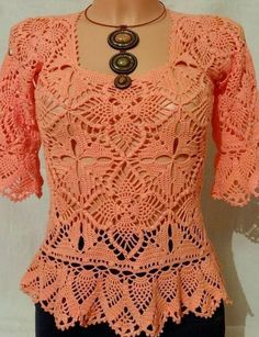 Cute and Awesome Crochet Top Patterns and Design Ideas - Page 14 of 61 - Daily Crochet! Cute and Awesome Crochet Top Patterns and Design Ideas - Page 14 of 61 - Daily Crochet! Gilet Crochet, Crochet Tunic, Crochet Lace, Free Crochet, Crochet Top Outfit, Crochet Clothes, Crochet Summer Tops, Crochet Woman, Warm Outfits