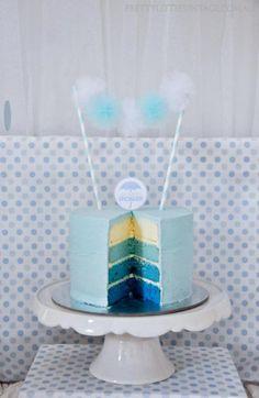 idée à piquer, au lieu du rainbow cake, un dégradé de bleu