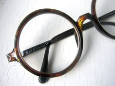 I've promised myself a round pair next time I get new glasses. – I've promised myself a round pair next time I get new glasses. Source by Qdio_Eyeglasses Cheap Ray Ban Sunglasses, Sunglasses Online, Oakley Sunglasses, Sunglasses Outlet, Dior Eyeglasses, Round Eyeglasses, New Glasses, Funky Glasses, Eyes