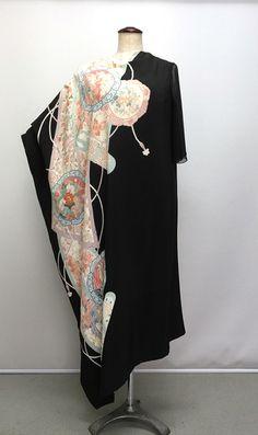 着物ドレスや和ドレスの留袖ドレス Kimono Outfit, Hijab Outfit, Kimono Fashion, Kimono Fabric, Silk Kimono, Kimono Top, Japanese Fabric, Japanese Kimono, Recycled Fashion