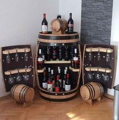 Mini bar pentru sticle de vin si pahare