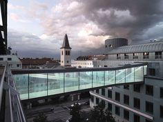 Skywalk Rennweg 44-46 by SOLID Architecture