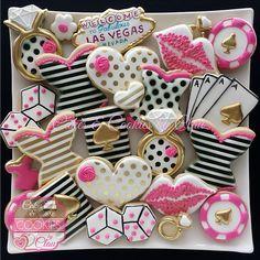 Bachelorette Party Cookies, Classy Bachelorette Party, Bachelorette Party Decorations, Bachelorette Desserts, Party Favors, Lingerie Cookies, Bikini Cookies, Corset Sexy, Las Vegas