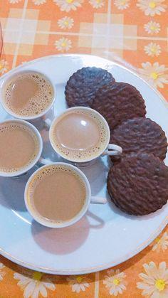 Food N, Food And Drink, Food Snapchat, Snapchat Ideas, Dairy Milk Chocolate, Punjabi Food, Homemade Dinner Rolls, Snap Food, Food Goals