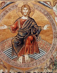   Byzantine art of Jesus   Dalmatic tunic Red   Cloak Blue   Fitted undergarment   Red and blue are for rich families. Jesus is illustrated in these colours to show respect.