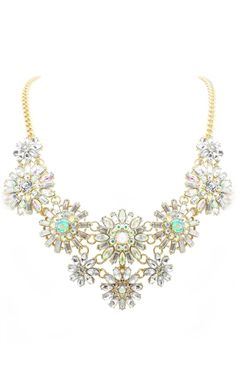 Gorgeous floral statement necklace - take 25% off with code:  25FOR48  http://rstyle.me/n/i64hhnyg6
