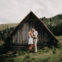 this place and and the old hut wonderful! Old Things, Couple Photos, Places, Instagram, Couple Shots, Lugares, Couple Pics