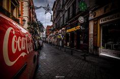 Explorando calles en compañía… risas, historias y muchas fotos. La Chispa de la Vida by © Félix Moreno Palomero #18 of #365Photos
