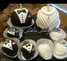Bride and Groom candy apples/strawberries made by Bella Dolce Delights