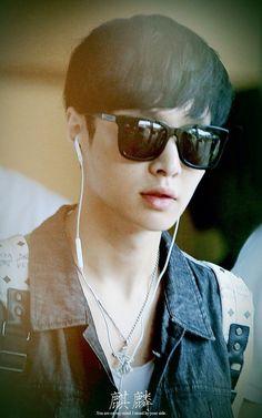 Lay of Exo-M