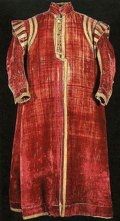 Man's Robe Date: early 17th century Culture: Italian or English Medium: Silk; metal; linen