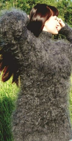 Gros Pull Mohair, Turtleneck Outfit, Mohair Sweater, Jumpers, Cardigans, Sweaters, Turtle Neck, Guilty Pleasure, Hoodies
