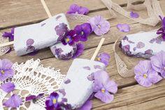 Viola popcicles <3 #popcicle #edibleflowers #flowerfood #viola #pansies #icecream