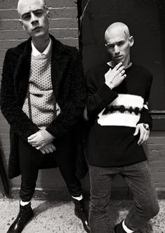 Fall fashion takes its cues from the street by emulating the gritty, punk aesthetic of British youth culture. Teddy Girl, Teddy Boy Style, Teddy Boys, Mod Fashion, Punk Fashion, High Fashion, Skinhead Fashion, Skinhead Style, Indie