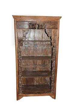 Rustic, reclaimed woods, distressed teak wood Bookshelf, Open Display cabinet is artistic enough for the classic and allows easy access to books and equipments. Indian Furniture, Rustic Furniture, Antique Furniture, Vintage Bookshelf, Antique Bookcase, Stone Sculpture, Wooden Almirah, Spanish Style Interiors, Traditional Bookcases