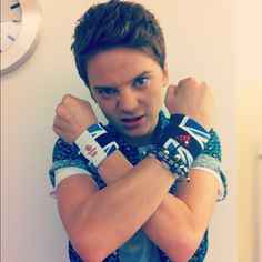 "Fc Conor Maynard) ""Hello I'm Conor, I'm 20 and single. I have a little sister named Josephine, DON'T even think about it boys! Well I make music and I love it!"" I smile ""come introduced yourself? Connor Maynard, Jack Maynard, Beautiful Voice, Beautiful People, British Youtubers, Rebecca Ferguson, Tom Daley, American Idol, Interesting Faces"