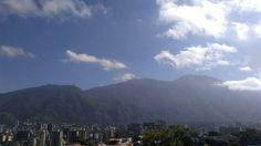 Excelente día!  Fotografía cortesía de @elnacionalweb  #LaCuadraU #GaleriaLCU #Caracas #CaracasHermosa