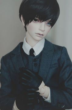 Male art Doll Eunha | Flickr - Photo Sharing! - looks like a grown up Ciel!