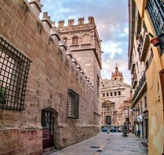 A symbol of Valencia's Golden Age, Lonja de la Seda impresses with its stunning late Gothic architecture. Beautiful Places In Spain, Beautiful Sites, Best Places To Live, Cool Places To Visit, Spanish Architecture, Gothic Architecture, Spanish Holidays, Valence, Southern Europe