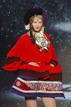 John Galliano at Paris Fashion Week Fall 2009 - StyleBistro