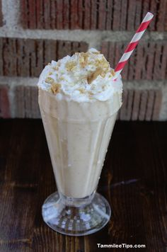 Copy Cat Sonic Coconut Cream Pie Shake  |  Tammilee Tips