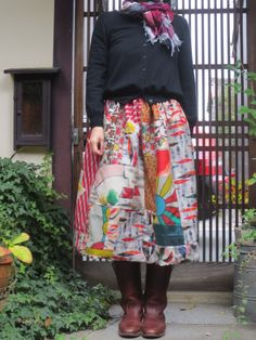 昔着物に心奪われて・・・特に銘仙の織りの深さ、色、絹の肌触り・・・昭和初期にこんな織物がと驚くばかりです! 着物としてはもう着られることもなく・・・ しまい込...|ハンドメイド、手作り、手仕事品の通販・販売・購入ならCreema。