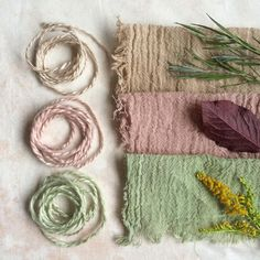Some colours from the last couple of weeks: beige from lavender leaves, pink from prunus leaves and green from goldenrod Natural Dye Fabric, Natural Dyeing, Tinta Natural, Muslin Fabric, Cotton Muslin, Cotton Textile, Fabric Dyeing Techniques, Lavender Leaves, Do It Yourself Baby