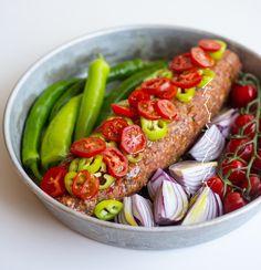 Kebablimpa - ZEINAS KITCHEN Plant Based Recipes, Raw Food Recipes, Meat Recipes, Dinner Recipes, Minced Meat Recipe, Zeina, Shawarma, Arabic Food, Savoury Dishes