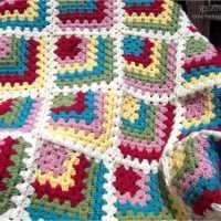 Mitered Granny Square, free pattern from Crochet Again, in international stitch symbols (links to photo tutorial with written pattern)
