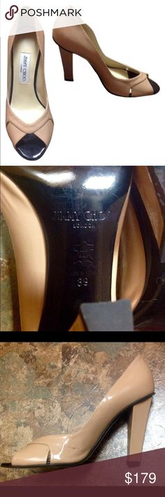 Jimmy Choo size 39 shoes Size 39 Pumps by a Jimmy Choo London. Lovely shoes for work or an evening out. Made in Italy. Light scratches on the wear' s left toe bed. These shoes also have multiple scuffs/marks on the exterior-sides, heels and on the top section by the toes. The wear's right shoe has scuffs/ marks on the sides and marks on the outer side of the heel. The heel of the wearer's right shoe outer side looks lite it has a little paint/ mark. The material feels sticky/tacky to me…