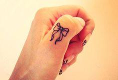 Küçük Dövme Modelleri / Small Tattoos http://www.modapars.com/kucuk-dovme-modelleri-small-tattoos #dovmemodelleri #tattoo #tattoos #smalltattoos