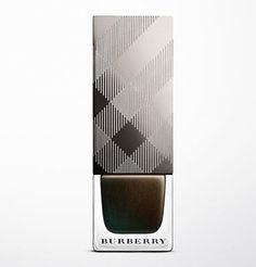 Le vernis à ongles Metallic Khaki Burberry