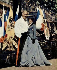 Curd Jürgens and Romy Schneider in Katja, die ungekrönte kaiserin. A photograph taken at the station in Paris (1959) back stage.