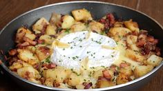 Fry your lardons in a medium sized skillet until nicely coloured and quite crisp. Set aside, reserving the oil. Add the butter to the hot pan then chuck in the… Twisted Recipes, Twisted Food, French Recipes, Fajita Mix, Thing 1, Chicken Bacon Ranch, Baking Tins, Chicken Fajitas
