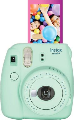 Tween Gifts, Gifts For Teens, Poloroid Camera, Camp Care Packages, Best Summer Camps, Cool Mom Picks, Instant Film Camera, Cool Gifts For Kids, Camping Gifts
