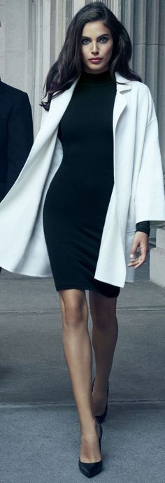 5+ Black-touched Office outfit ideas for 5 work-days.