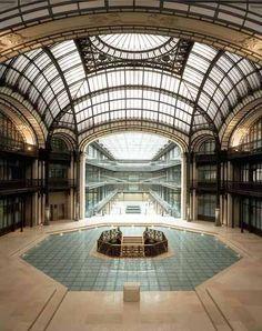 Crédit Lyonnais, Paris