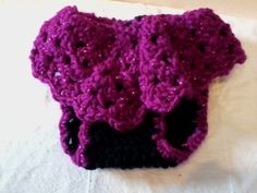 READY TO SHIP Crocheted Baby girl diaper cover by hatsbykree, $10.00