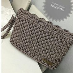 @evimm.orgu #çanta #homemade #homedecor #homedesign #evim #evimgüzelevim #instahome #myhome #sepet #dekorasyon #örgü #örgümodelleri #örgümüseviyorum #nako #alize #elemegi #hobi #fotografheryerde #resim #penyeip #knitting #knittersofinstagram #crochet #crocheting #blanket #amigurumi #vintage #pattern #pinterest