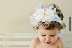 Flower girl headband | VIA #WEDDINGPINS.NET