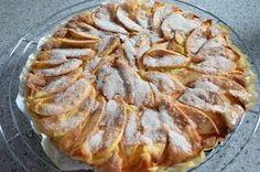 Apple pie with mascarpone