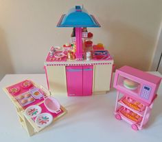 Sindy/Barbie Kitchenette Vintage doll's house furniture, food, plates,  LOT'S!!