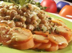 Receita de Salada de grão-de-bico e cenoura - SALADA DEVE FICAR MUITO GOSTOSA E MELHOR AINDA E´QUE SEU VALOR KCAL E MUITO BOM. achei a receita da salada de grão dfe bico com cenoura com um...