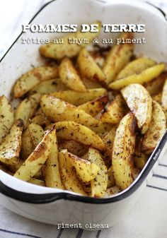 Pommes de terre rôties au thym et au piment - Oven baked potatoes with thyme and chili