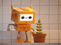 Robot KS / 01 by Kiddo on Dribbble Robot Cute, Robot Design, Cinema 4d, Character Illustration, Retro, Minions, Concept, Instagram, Vehicle