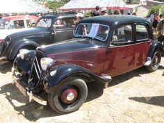 vieilles voitures expo -Egliseneuve-pres-Billom, Auvergne, Puy de dôme, France.